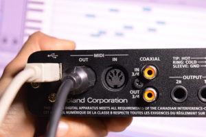 今さら聞けない、「MIDIって何?」「MIDIって古いの?」