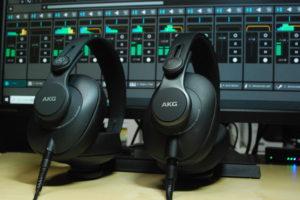 名門AKGからDTMに最適なモニターヘッドホン2機種が誕生。コストパフォーマンスに優れたK361-Y3、K371-Y3を試してみた